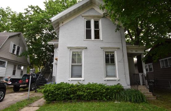 724 Jackson Street, Oshkosh